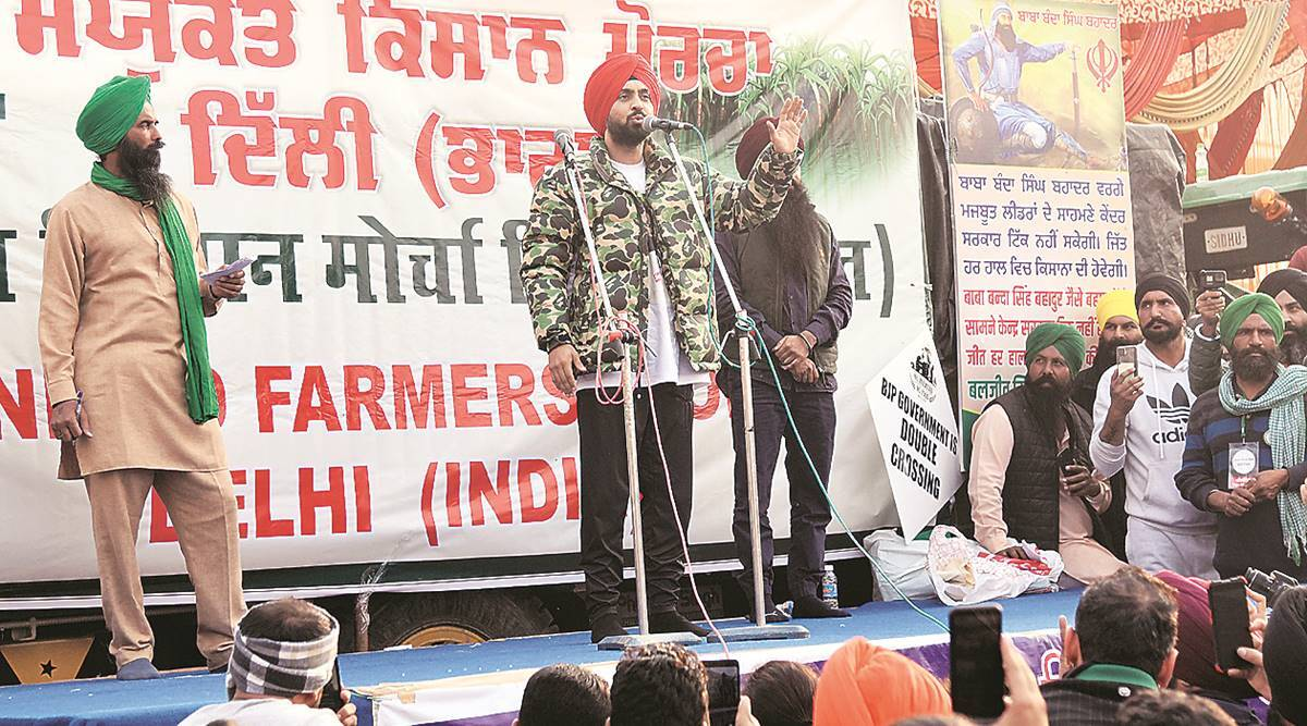 No politics, only farm issues: A team monitors the stage, decides speakers