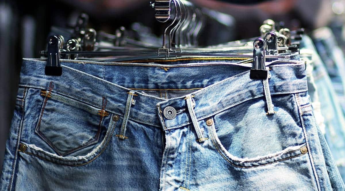 maharashtra govt bans jeans