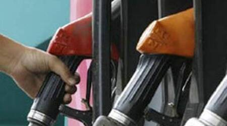 mumbai police, mumbai illegal petrol pump, mumbai illegal petrol pump sale, mumbai crime branch, mumbai news, indian express news