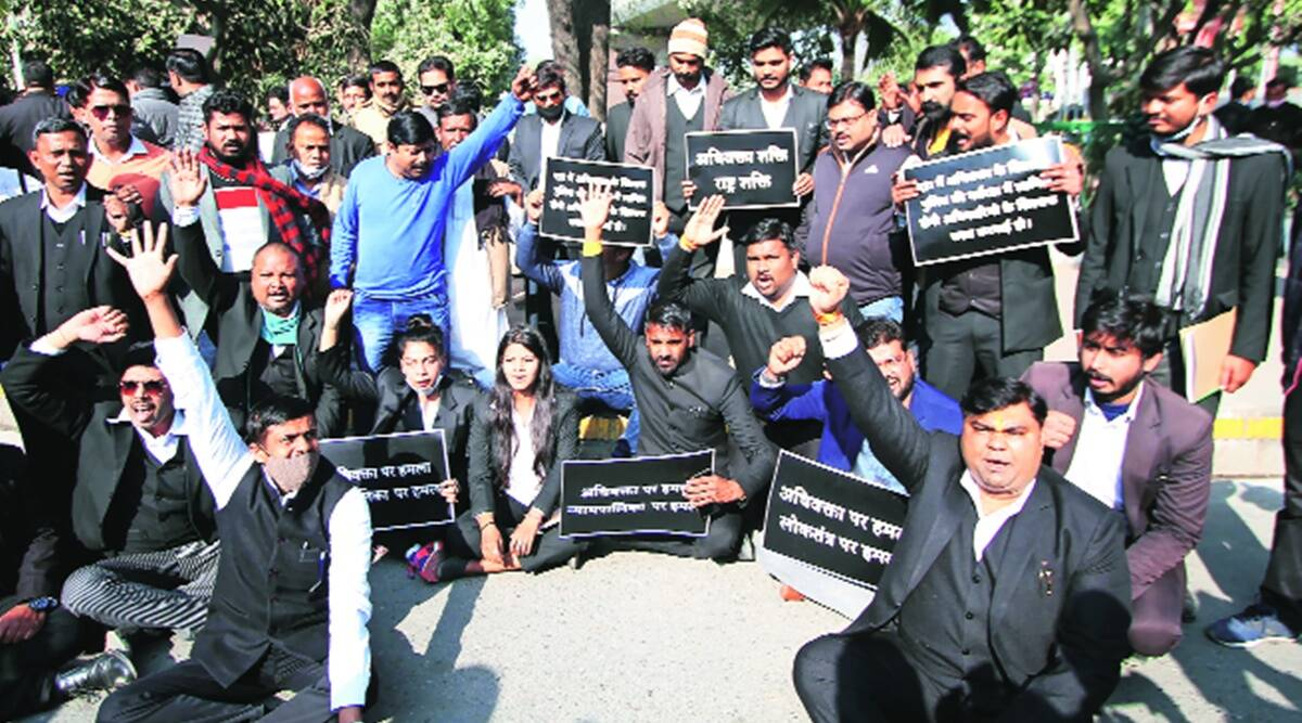 Allahabad HC orders inquiry, UP police assault, UP lawyer assaulted, POlice assaults lawyer, Lucknow news, UP news, Indian express news