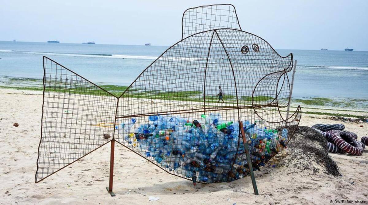 ban on single-use plastics, non-biodegradable plastics, Mexico City, Greenpeace Ornela Garelli,