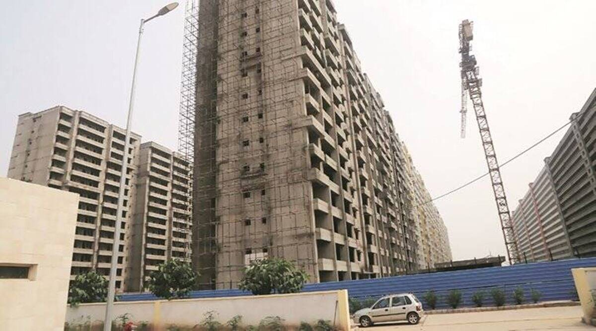 uddhav thackeray, maharashtra real estate, maharashtra real estate premium incentive, maharashtra real estate premium incentive cap, indian express news