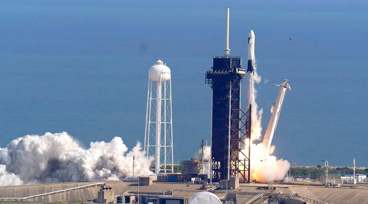 spacex, spacex dragon launch, spacex nasa, spacex christmas, spacex dragon resupply capsule