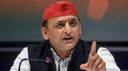 Akhilesh Yadav, Samajwadi Party, Akhilesh yadav on covid vaccine, up latest news, up corona vaccination camp, Lucknow news, indian express