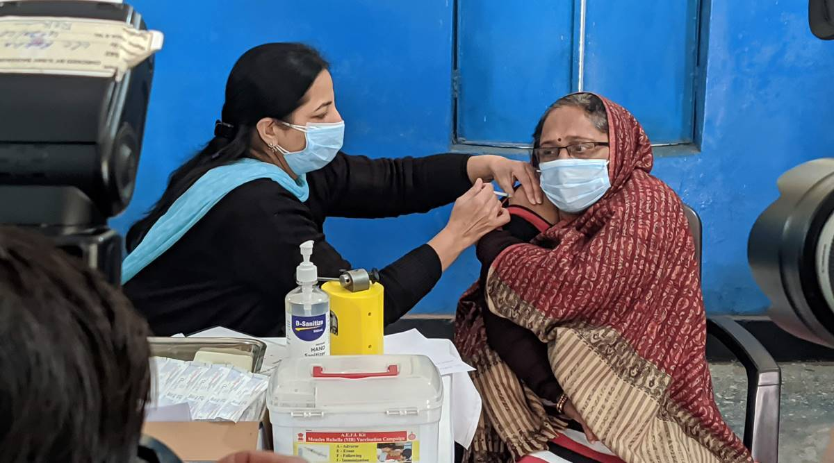 Gurgaon news, Chief Medical Officer, Coronavirus, COVID-19, health department, Gurgaon COVID-19 cases, Coronavirus cases in Gurgaon, health department officials, india news, indian express