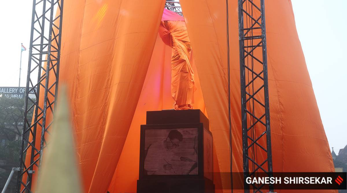 Mystery of the missing 'Spark' as Thackeray gets statue in Mumbai
