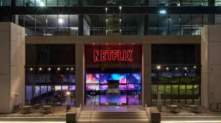 Netflix, netflix testing spatial audio, what is spatial audio, spatial audio AirPods Pro, AirPods