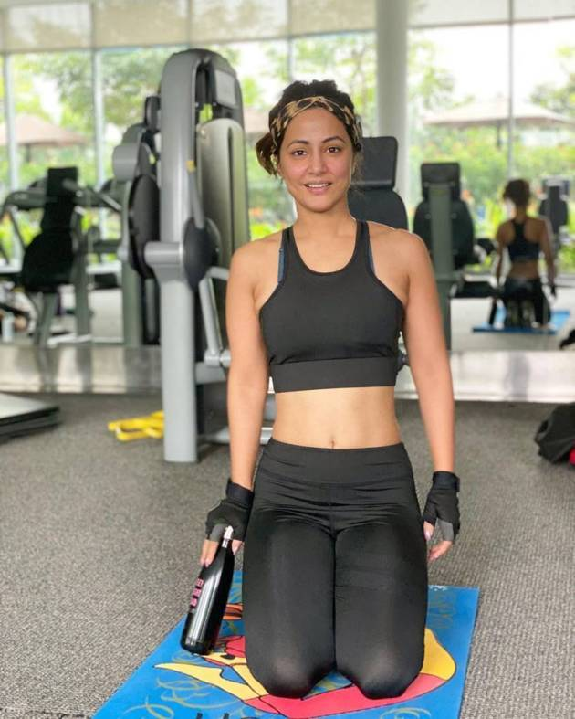 hina khan gym picture