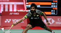 Patient pays… almost: Srikanth tries to stay in long rallies in Tour finals opener against Antonsen