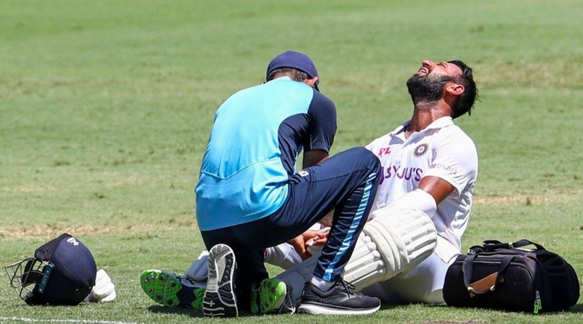 Cheteshwar Pujara, Cheteshwar Pujara interview, Cheteshwar Pujara injuries, Aussie blows to Cheteshwar Pujara, Cheteshwar Pujara finger injury, Cheteshwar Pujara chin music, Cheteshwar Pujara fifty, Cheteshwar Pujara batting, Cheteshwar Pujara vs Australian bowlers