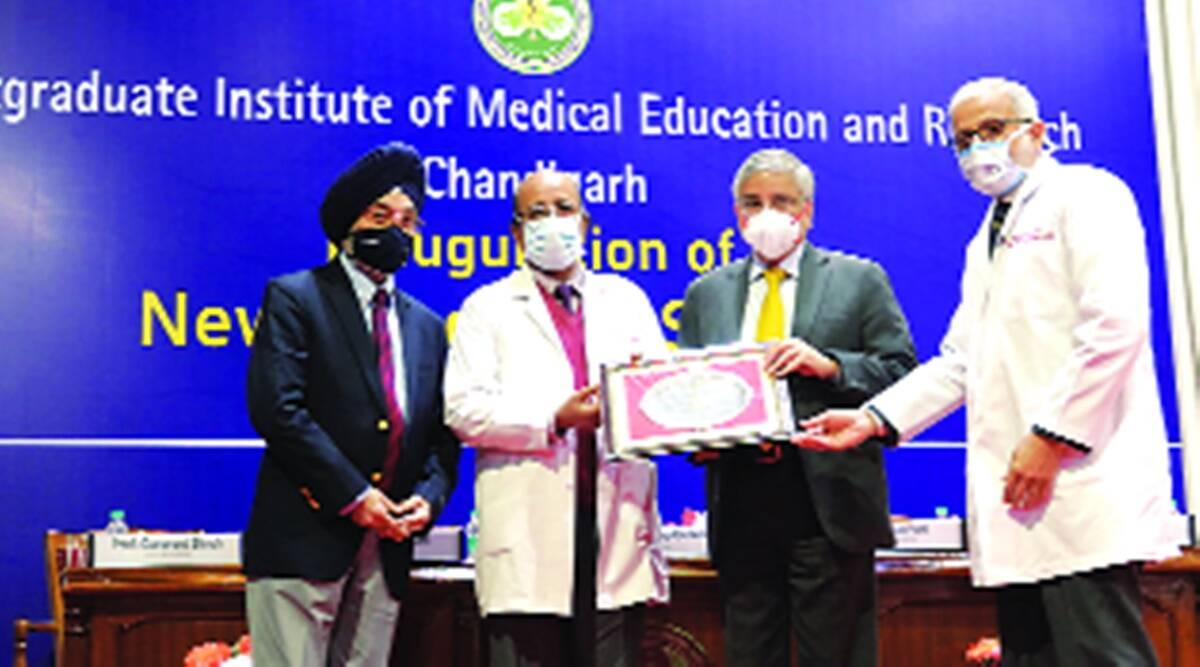 Randeep Guleria, Guleria to doctors, Post Graduate Institute of Medical Education & Research, Patients treatment, Punjab COVID-19, AIIMS Director, Punjab doctors, Professor Guleria, Chandigarh city news, Indian Express
