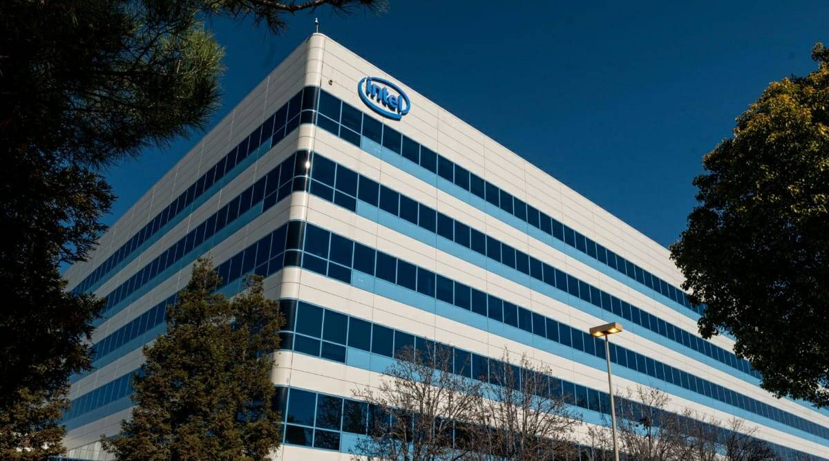 Intel factories, Intel 2023 production, Intel outsourcing, Intel, Intel 2023 products, CEO Pat Gelsinger, Intel outsourcing news, Intel 2023 news, Pat Gelsinger news,