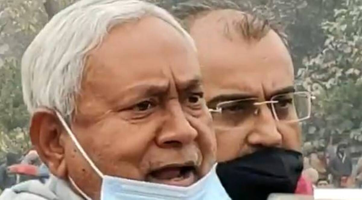 Nitish Kumar loses temper after reporters question him on Indigo staffer murder case