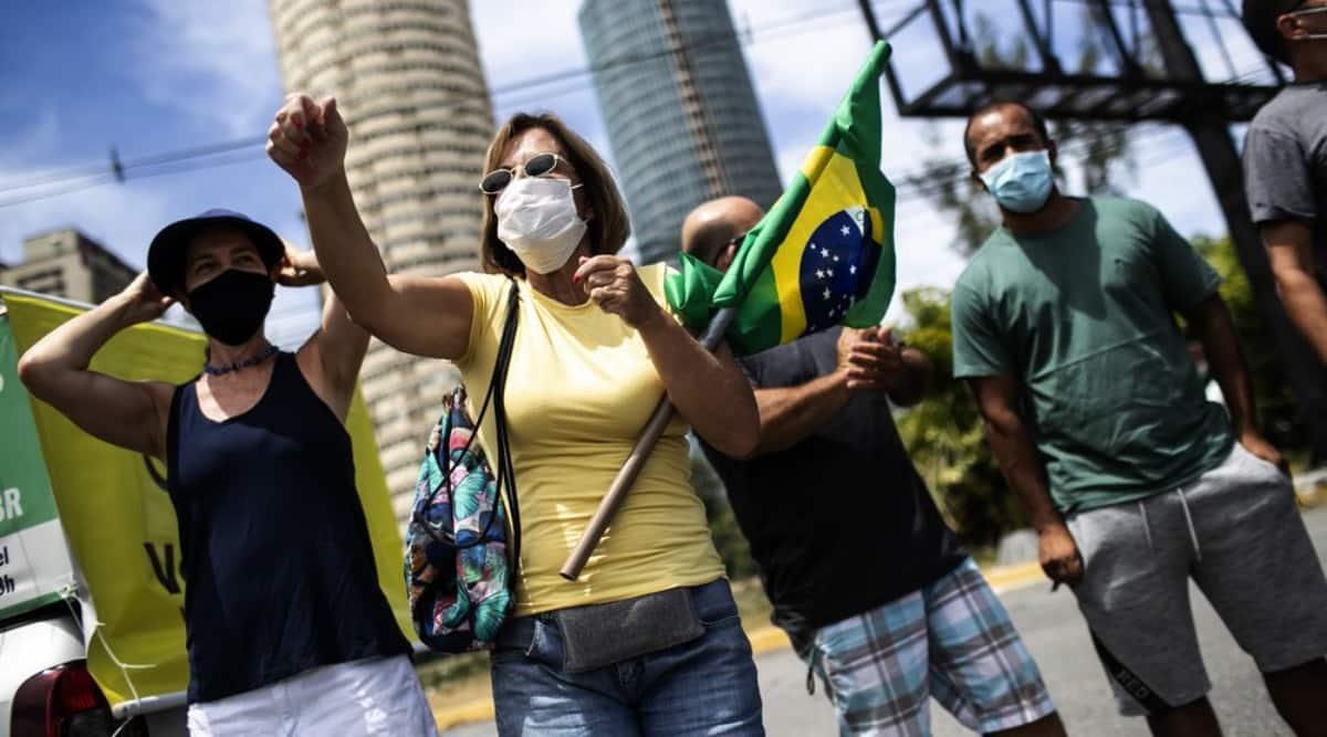 brazil protest, brazil news, brazil conservative groups, President Jair Bolsonaro, Rio de Janeiro news, Sao Paulo news, jair bolsonaro covid-19, brazil coronavirus, brazil vaccination, world news, indian express world news