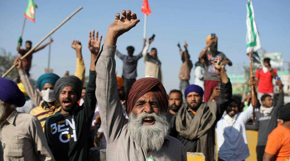Farmers' protest: Delhi Police cements nails, barricades at Ghazipur, Tikri borders