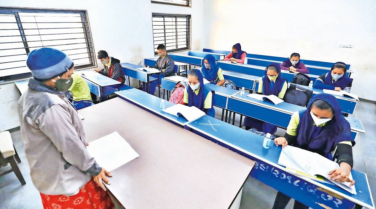 Gujarat schools reopen, gujarat colleges reopen, Gujarat students, Gujarat covid crisis, Gujarat coronavirus cases, Ahmedabad news, Gujarat news, Indian express news