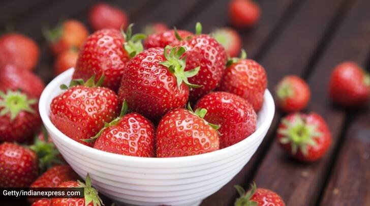 strawberries, how to use strawberries, strawberry benefits, indianexpress.com, indianexpress, winter season, strawberry winter benefits, winter special fruits,