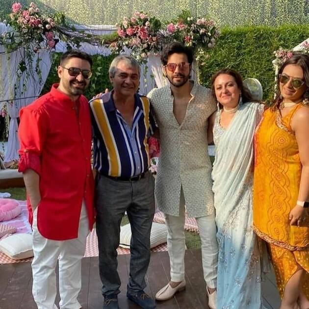 varun with guests