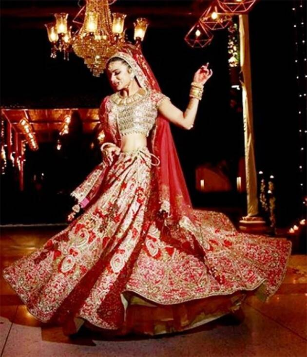 dia mirza, priyanka chopra, dia mirza, priyanka chopra red colour, neha kakkar red bridal lehenga, photos, indian express, indian express news