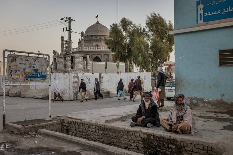 The Taliban close in on Afghan cities, pushing the country to the brink