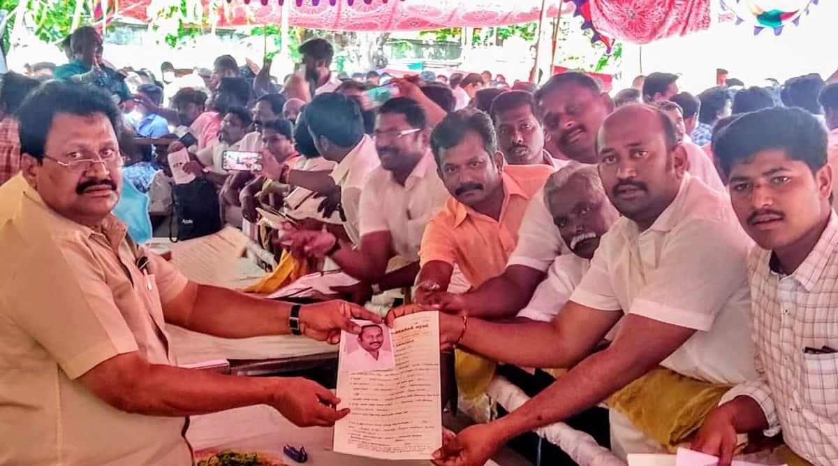 Tamil Nadu elections, Tamil Nadu polls, Tamil Nadu DMK seats, DMK application form, AIADMK application form, Tamil Nadu elections, indian express news