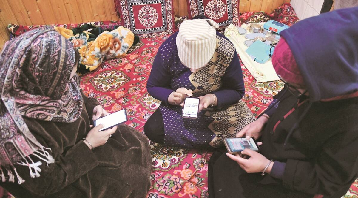 4G restored: Relief in J-K as traders, hoteliers and teachers welcome govt's move