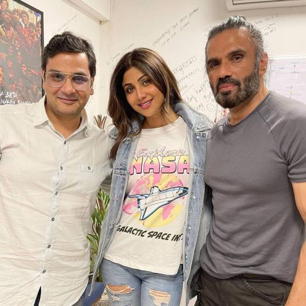 shilpa shetty with suniel shetty