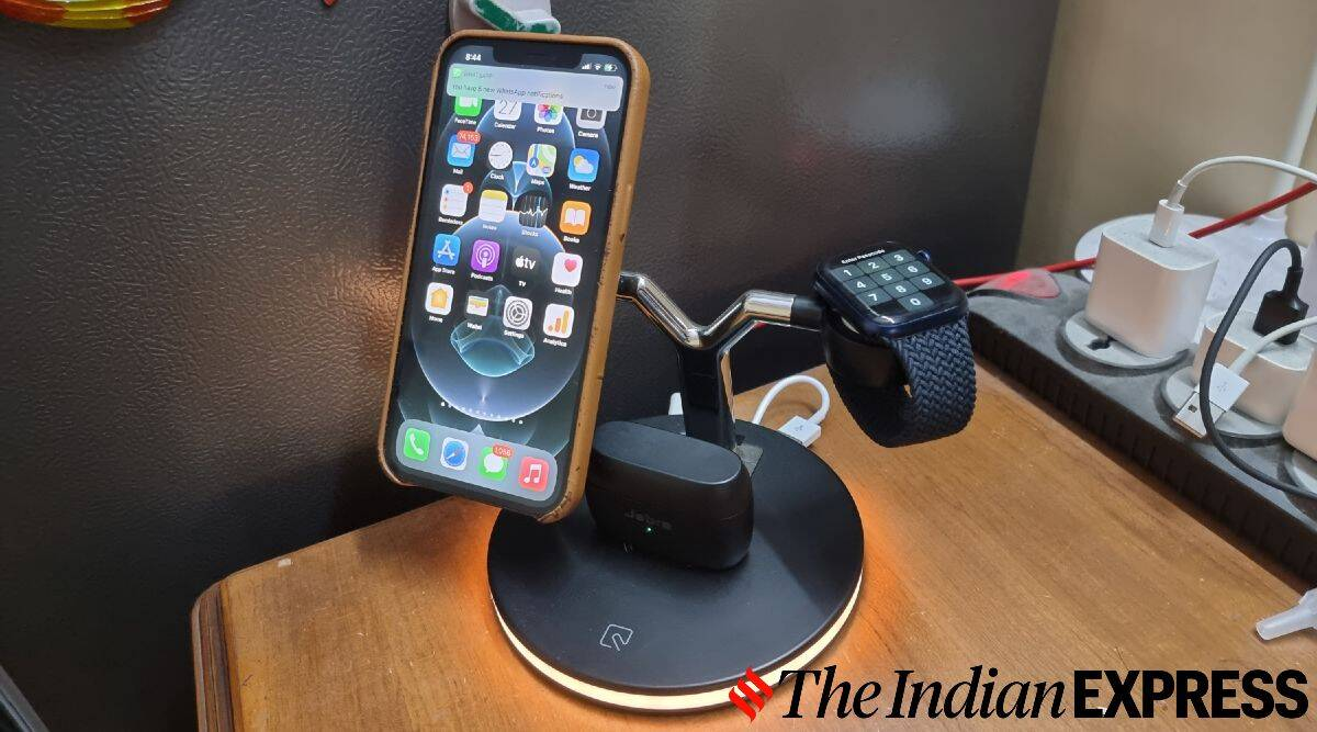 MagSafe charger, iPhone 12, wireless charger, Samsung Galaxy S20 Ultra