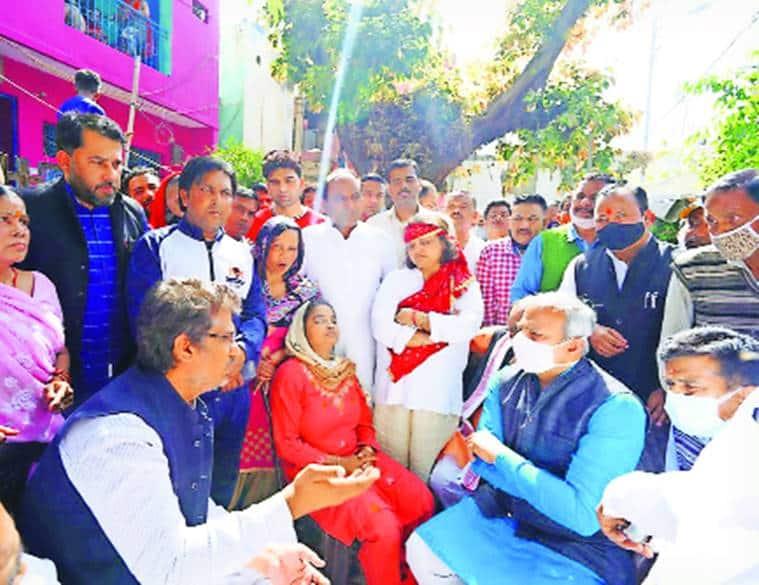 AAP, BJP, Cong meet murdered girl's kin