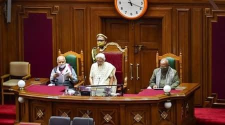 Opposition: 'Delayed' address of Governor Anandiben patel unconstitutional