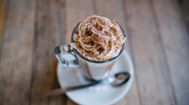 hot chocolate, easy hot chocolate recipe, hot chocolate homemade, diy hot chocolate, hot chocolate recipe for winters