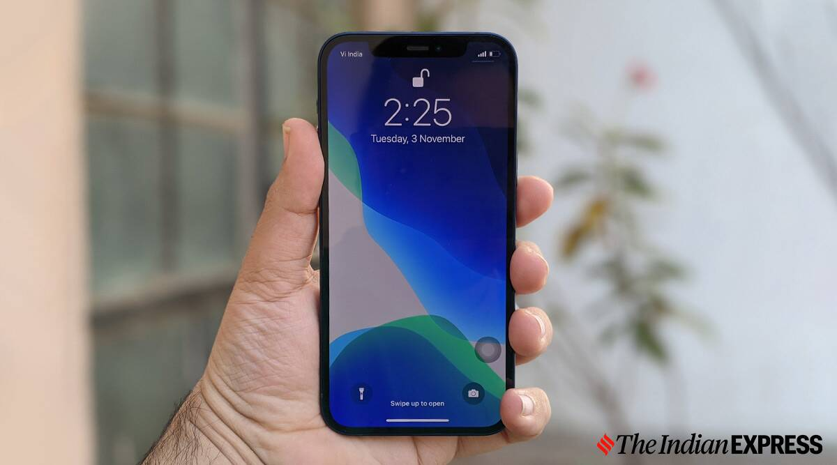 Apple surpasses Samsung to become top smartphone player for the first time in four years - The Indian Express
