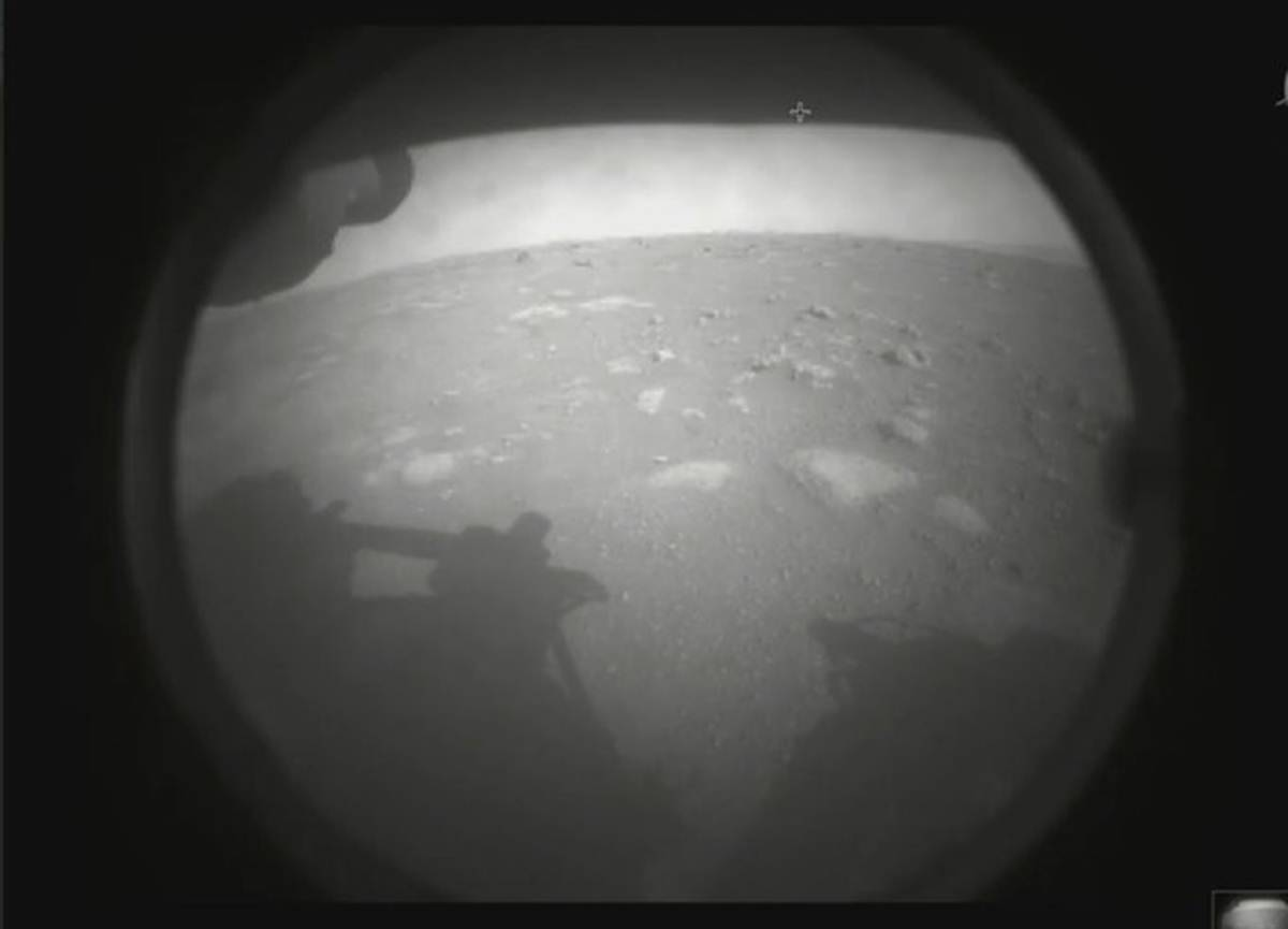 NASA's Perseverance rover makes historic landing on Mars thumbnail