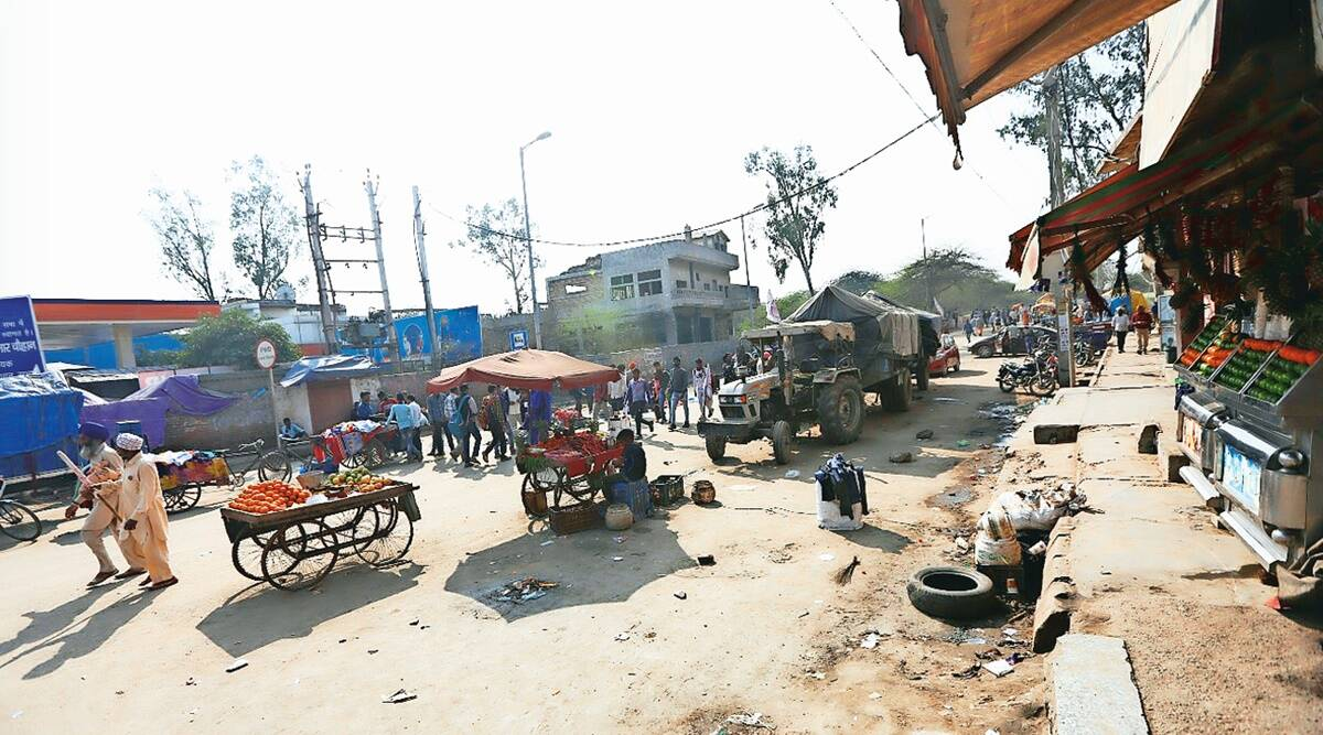 Delhi: Protesters at Narela road thin out, farmers say more to arrive on Feb 22