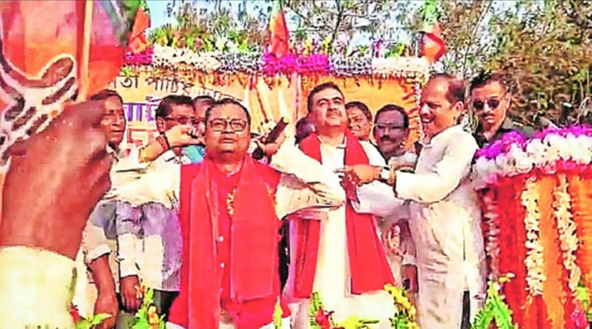 Kolkata: From TMC to BJP with squats as 'atonement'