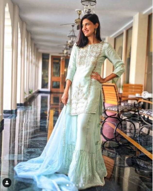 Aahana Kumra, Aahana Kumra photos, Aahana Kumra indian fashion, ethnic fashion ideas, latest kurti designs