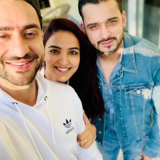 Aly Goni and Jasmin Bhasin with a friend