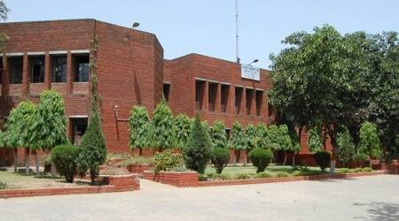 Accepts Inquiry Report: CVS governing body to issue notice to principal, librarian on missing books
