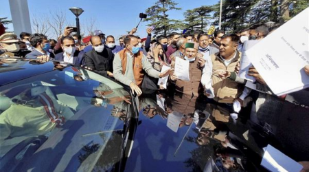 Cong members again walk out of Himachal Pradesh Assembly over suspension issue