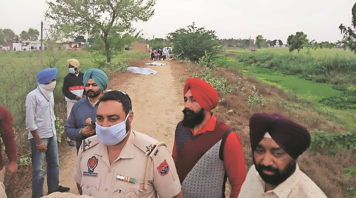 Punjab cops shoot 2 Nihangs in 'self-defence'; 2 SHOs hurt