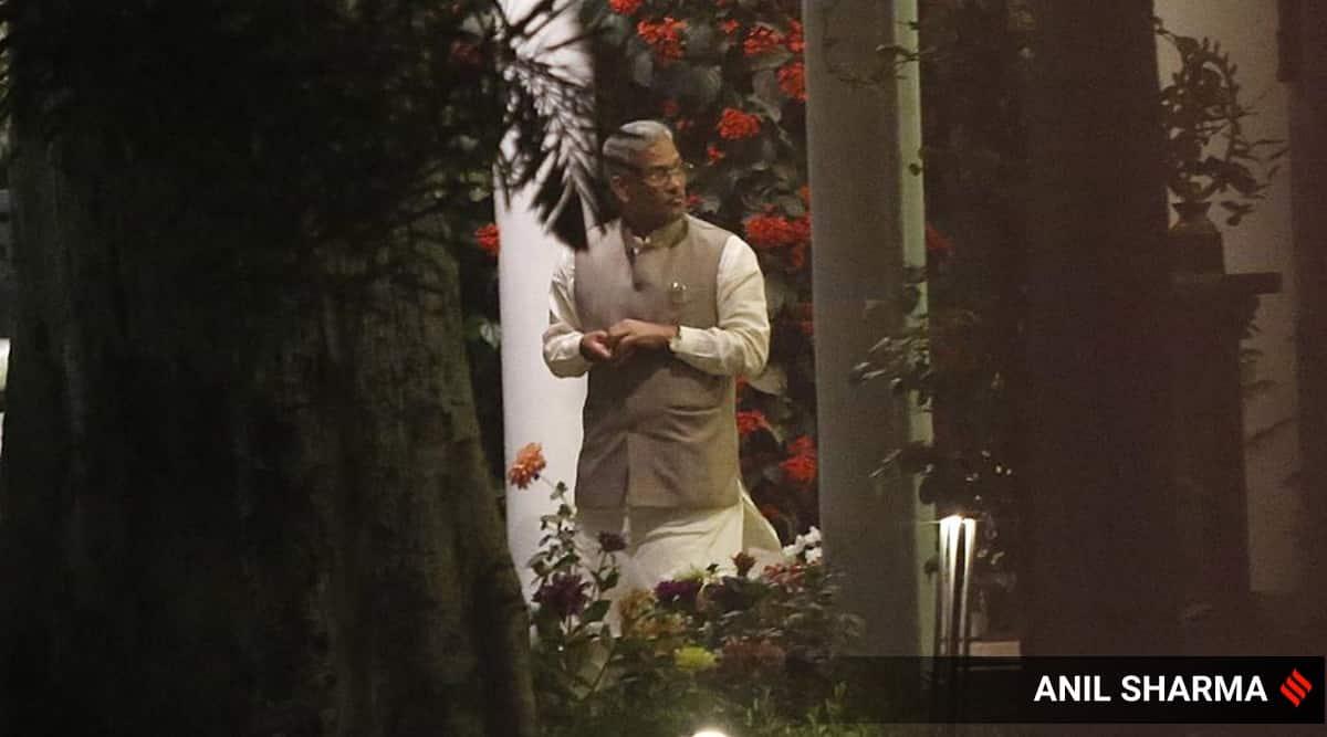 Disquiet in Uttarakhand BJP, CM Rawat reaches Delhi, meets party chief