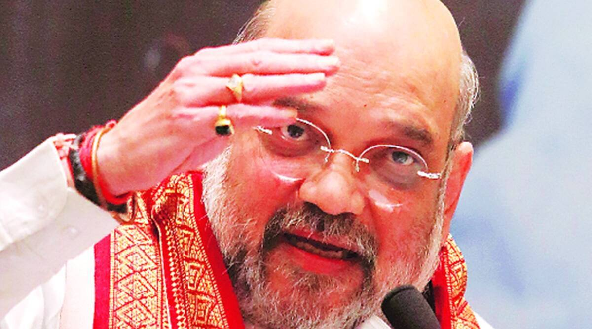 AIADMK leaders holds seat-sharing talks with Amit Shah