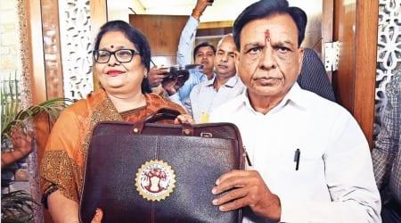 Madhya Pradesh budget, Madhya Pradesh finance minister, Jagdish Devda, Kamal Nath, indian express news