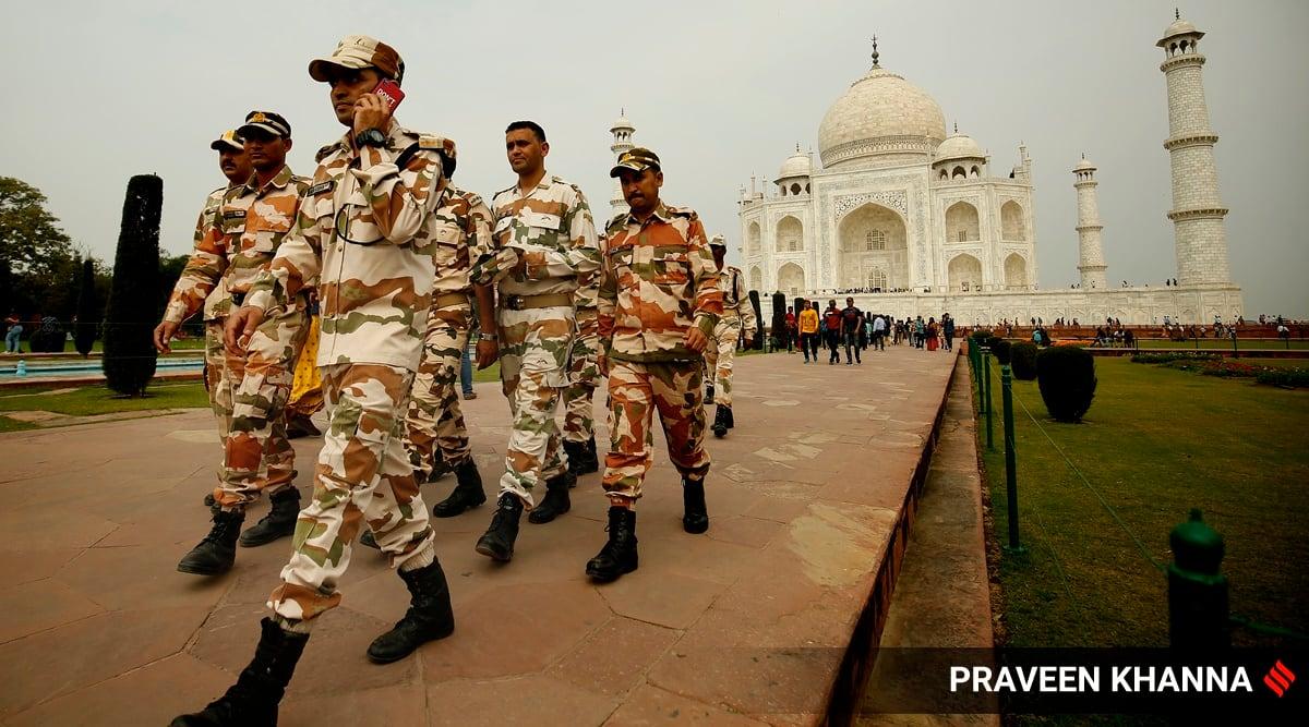 Taj Mahal shut, tourists evacuated after hoax bomb call