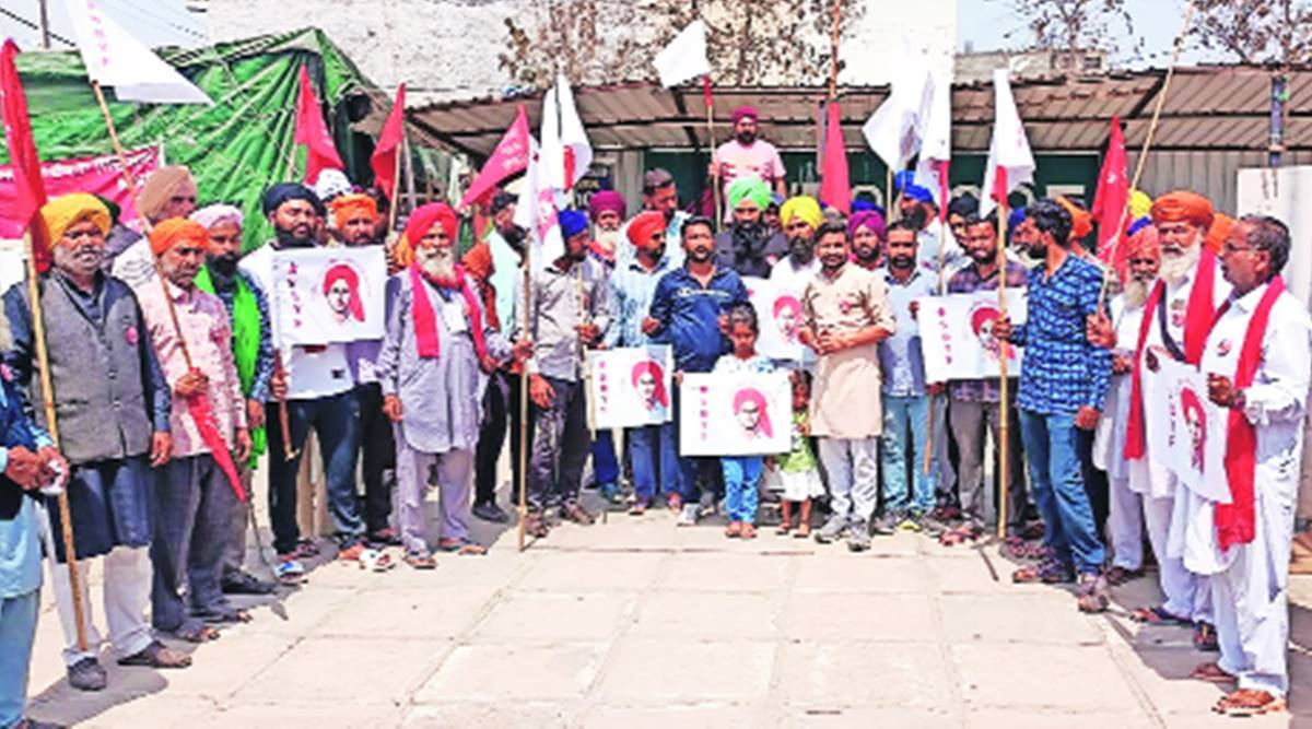 At Delhi borders & protest sites across Punjab, farmers to mark Martyrs' Day