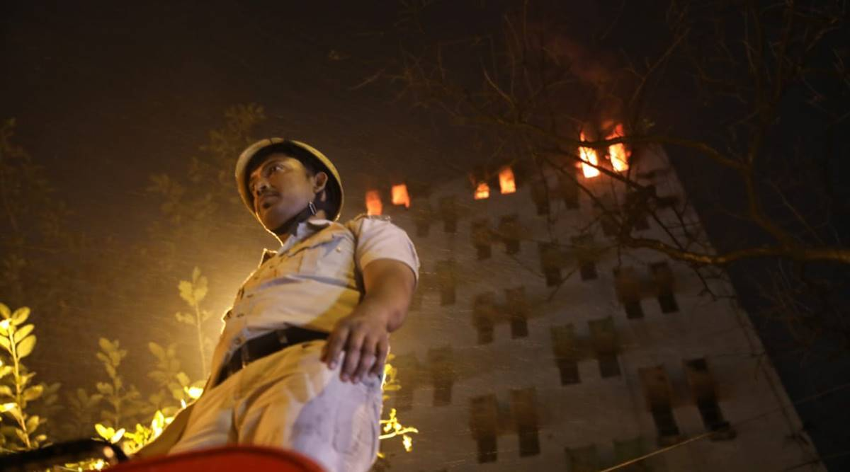 kolkata fire, 7 dead kolkata fire, strand road fire, Chief Minister Mamata Banerjee, Kolkata fire, Eastern Railway building, kolkata news, indian express