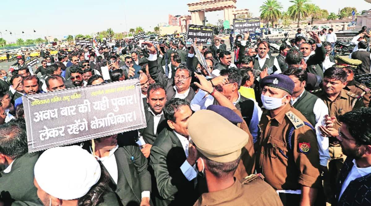 Allahabad High Court, Allahabad High Court lawyers, Allahabad High Court lawyers strike, Up news, indian express news