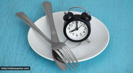 Intermittent fasting mistakes, how to lose weight on intermittent fasting, how to ace intermittent fasting, how to do intermittent fasting properly, tips to do intermittent fasting, indianexpress.com, indianexpress,
