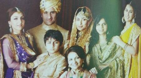 kareena, saif, Sharmila Tagore, Soha and Saba and his kids Sara Ali Khan, Ibrahim Ali Khan