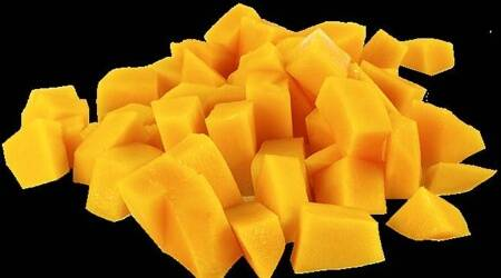 mangoes, mangoes fat content, do mangoes make you fat, fat content in mangoes, indianexpress.com, indianexpress, pooja makhija, pooja makhija instagram,